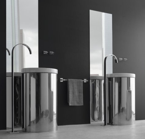 Beautiful Floor Mounted Faucet Graff