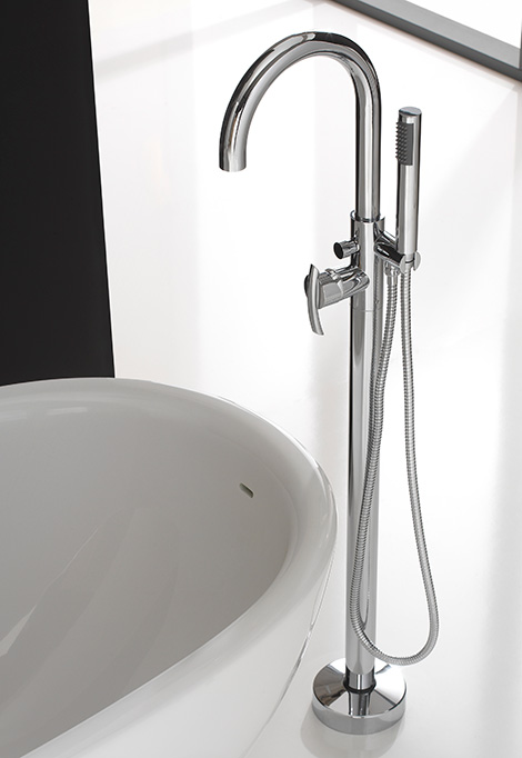 floor mounted tub filler graff 2