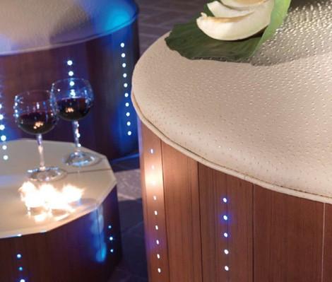 florastyle-led-poolside-furniture-3.jpg