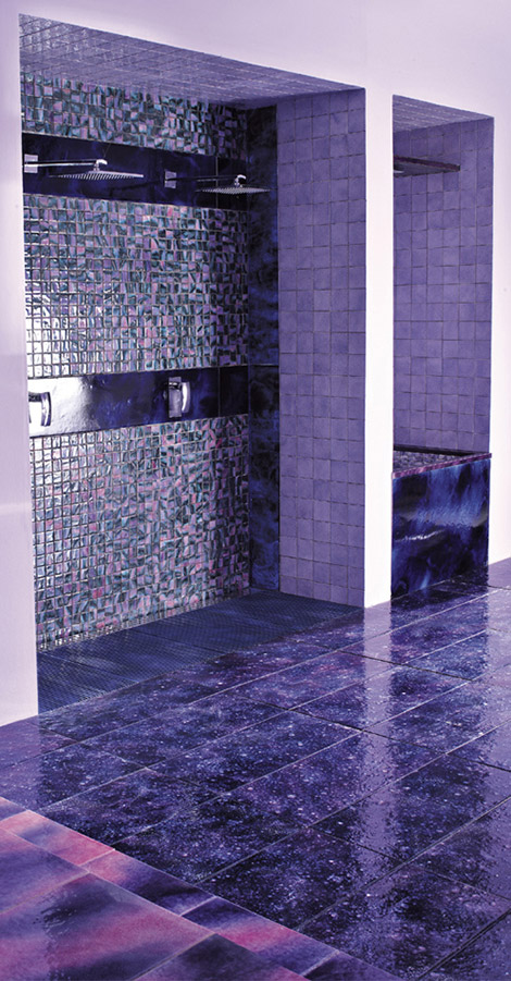 franco-pecchioli-purple-bathrooms-ideas-designs-1.jpg