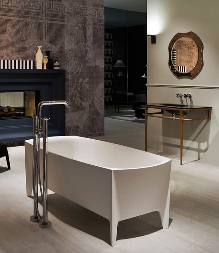 Freestanding Modern Bathtub By Mario Ferrarini