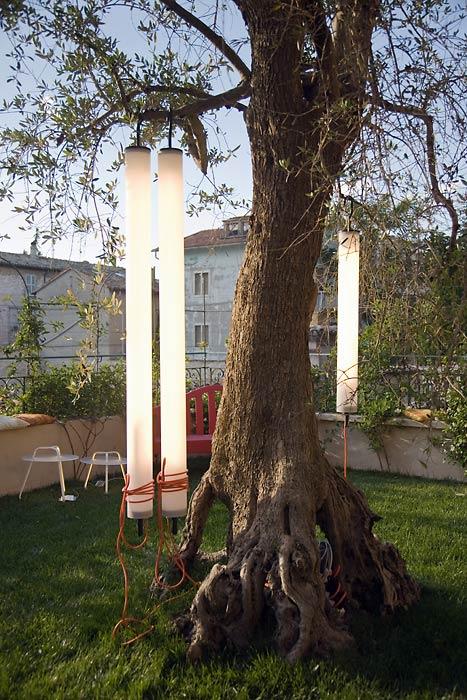 funky outdoor lighting pistillo suspension lamps martinelli luce 2 Funky Outdoor Lighting – Pistillo suspension lamps by Martinelli Luce