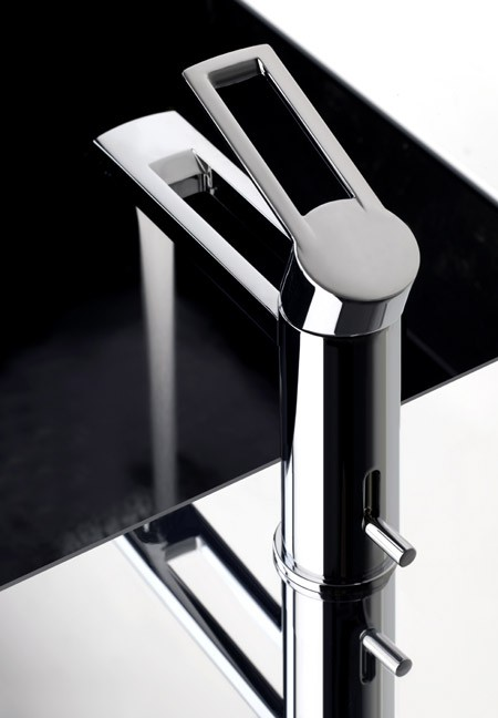 gessi faucet trasparenze 1 Bathroom Faucets Trasparenze from Gessi will amaze you ...