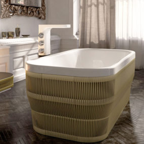 Freestanding Acrylic Bathtub by Glass Idromassagio