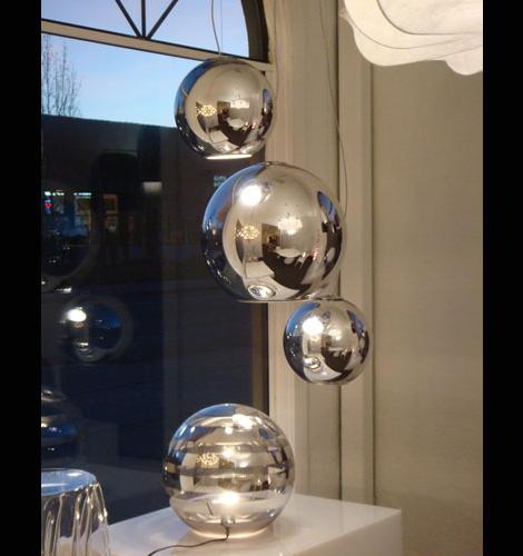 globo-di-luce-pendants-fontana-arte.jpg