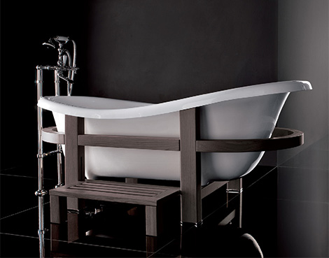 gruppo treesse bathtub epoca one top 1 Freestanding Bathtub from Gruppo Treesse   Epoca One Top in a wooden embrace