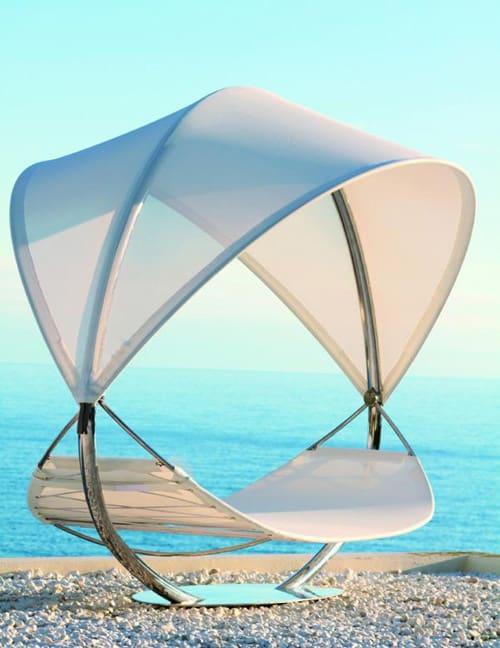 hanging-sun-lounger-for-two-royal-botania-surf-4.jpg