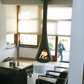 Hanging Stoves – rotating stove with open fire by Harrie Leenders