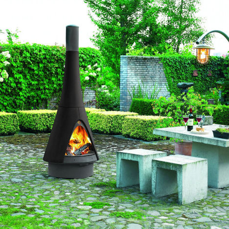 harrie leenders pharos outdoor fireplace Outdoor Fireplace from Robeys   the Harry Leenders Pharos   Bringing the Indoors Out