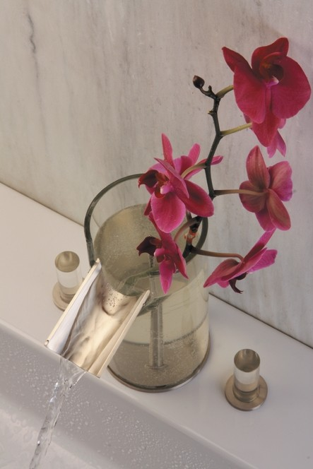 hegowaterdesign-faucet-flower-3.jpg