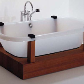 Free Bathtub from Hoesch – the contemporary freestanding tub by Adolph Babel