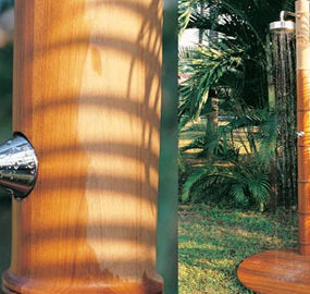 Outdoor Shower from Honeymoon – Waimea wood shower
