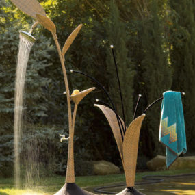 "Natural ""Wicker"" Look Outdoor Shower & Towel Rack"