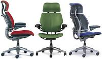 Humanscale Freedom Task Chair with headrest – at least 18-ways adjustable!