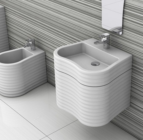 innovative bathroom products plavisdesign day just 2 Innovative Bathroom Products by Plavisdesign   Day bathtub and Just wash basins, toilet and bidet