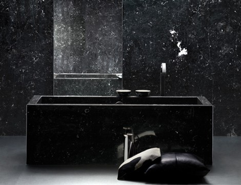Marble Bathroom Suite from IQquadro – Amor and Memories in black marble