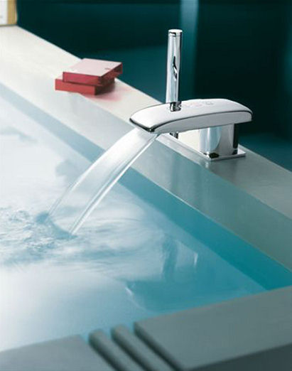 jado jean nouvel digital mixer Jean Nouvel Digital Tub Filler from Jado   an electronic tub filler