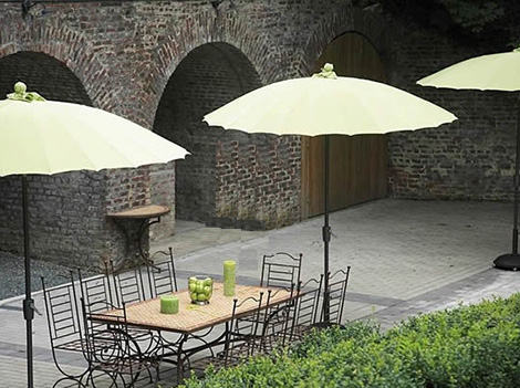 jardinco aluminium parasole waikiki beach Patio Umbrellas and Outdoor Parasols   best picks for 2008 by designer Lillian Pikus