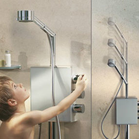 Height-Adjustable Showerhead Aquamove from Keuco – a shower fit for the whole family