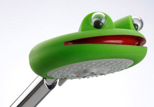 kids shower head raindance froggy toy attachment hansgrohe 1 Kids Shower Head   Raindance Froggy toy attachment by Hansgrohe