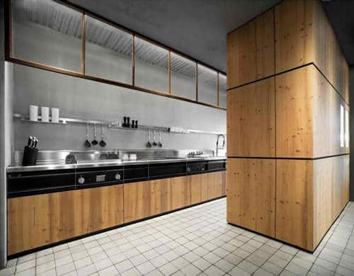 Knotty Pine Kitchen By Minacciolo – Natural Skin