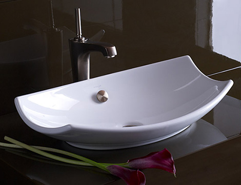 Countertop lavatory from kohler new vessel lavatories range for Modelo de lavaderos en casa