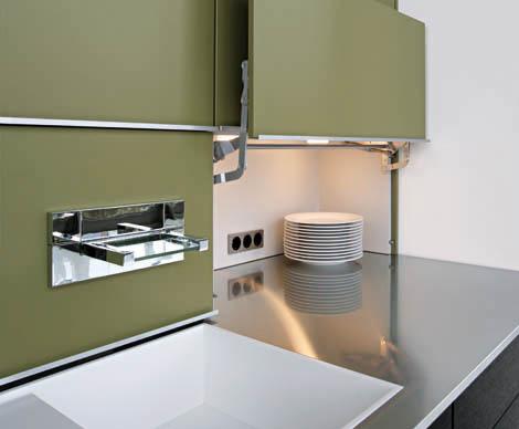 leicht-kitchen-concept-40-door.jpg