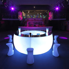 Lighted Outdoor bar by Vondom – Fiesta