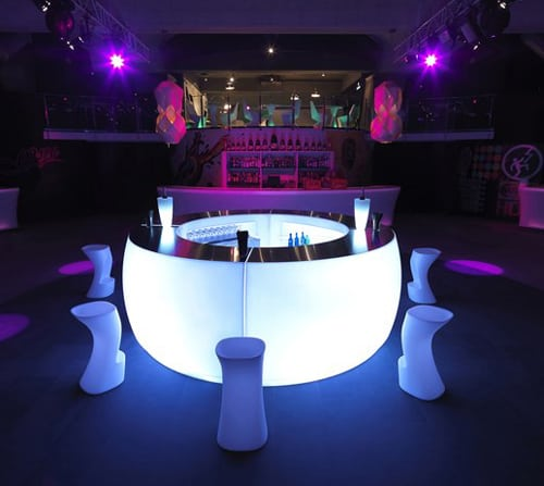 lighted outdoor bar vondom fiesta 1 Lighted Outdoor bar by Vondom – Fiesta