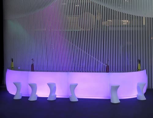 lighted-outdoor-bar-vondom-fiesta-3.jpg