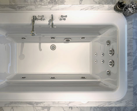 Good Maax Roman Bathtub 2