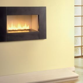 Hole-in-the-wall fireplace from Magiglo – the contemporary gas fireplace Stratus