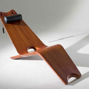 Wood Lounger by Marcenaria – artistic, rustic and refined
