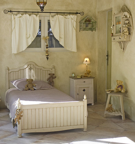 matin dete kids bedroom furniture Kids bedroom furniture by Matin Dete (Morning of summer)   a French country style bed