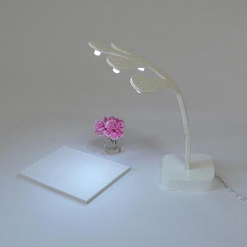 minimalist-desk-lamp-tree-of-life-victor-vetterlein-3.jpg
