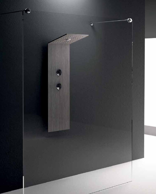 minimalist shower column treesse folding head 1 Minimalist Shower Column by Treesse with folding head