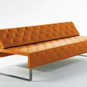 Minimalist Sofa by Matteograssi –  Jazz