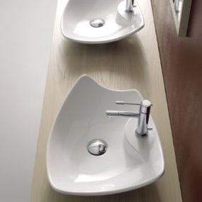 Modern decorative vessel from Scarabeo – Kong vessel sinks