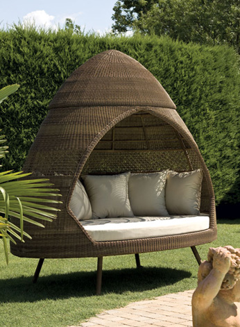 modern patio huts alexander rose 1 Patio Huts   modern outdoor huts by Alexander Rose – Ovo