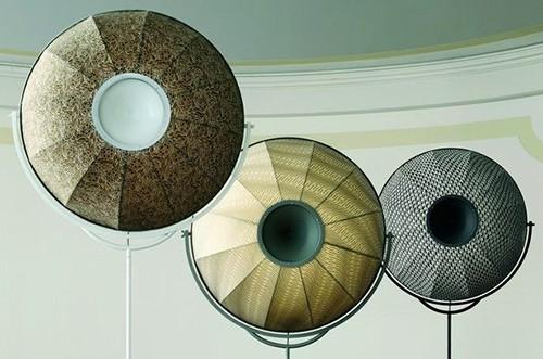 modern-tripod-floor-lamp-fortuny-giudecca-805-pallucco-3.jpg