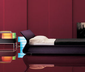 Contemporary Bed from Molteni – the Clip Italian bed