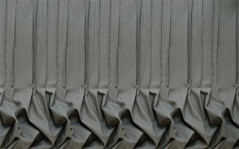 muurbloem-business-gray-calk-stripe-wall-paper.jpg