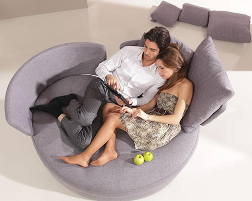 my-apple-love-seat-ama-6.jpg