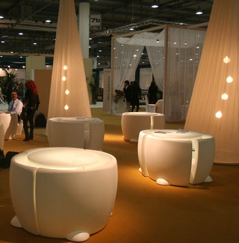 myyour-plastic-outdoor-furniture-indoor.jpg