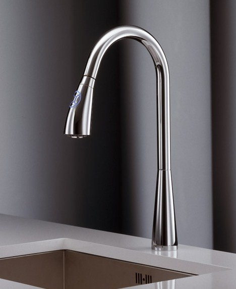 newform touch sensor kitchen faucet y con 1 Touch Sensor Kitchen Faucet   new Y con faucets by Newform