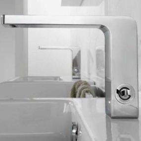 Polished Chrome Faucets – new lever faucet Lounge by Noken