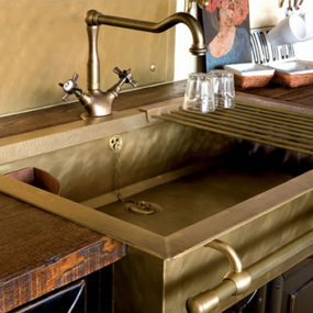 Old-Style Brass Sinks by Restart