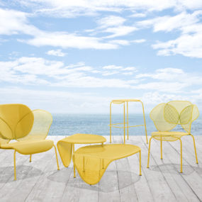 Organic Shaped, Sunny Colored Outdoor Furniture by Areadeclic