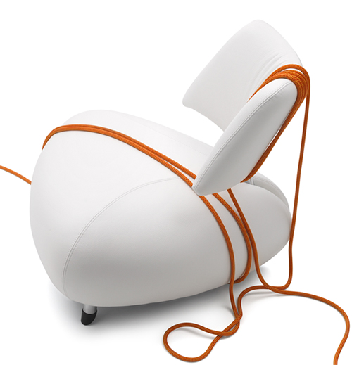 pallone leather armchair leolux Elegant Leather Armchair by Leolux   Pallone