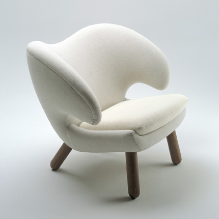 Pelican Chair White One Collection